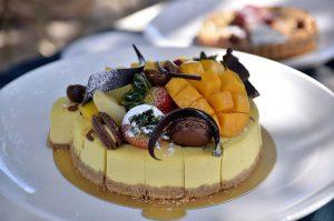 Frischkäse Torte mit Früchten